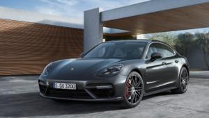 Porsche Panamera Photos