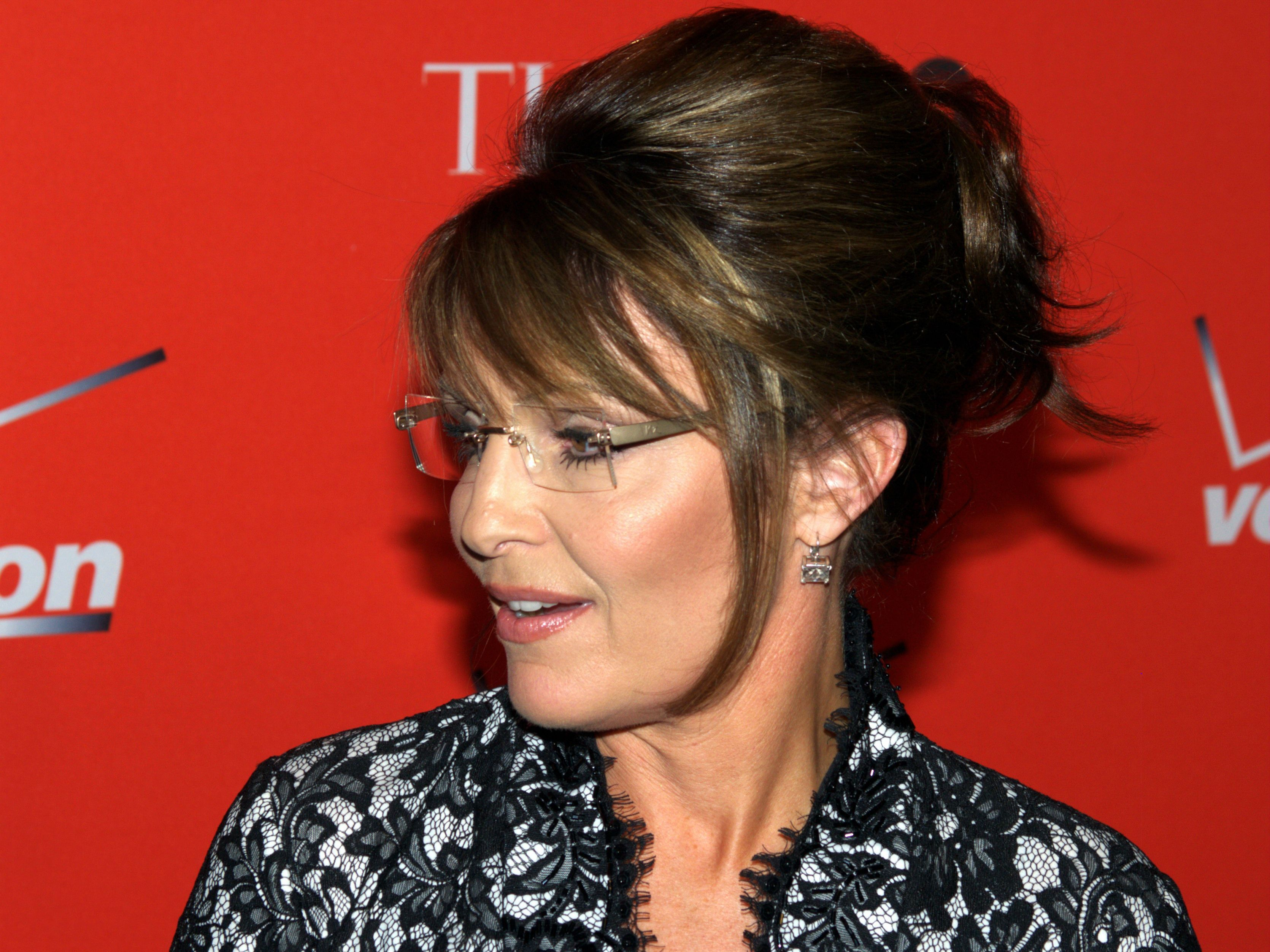 sarah palin wallpapers images photos pictures backgrounds