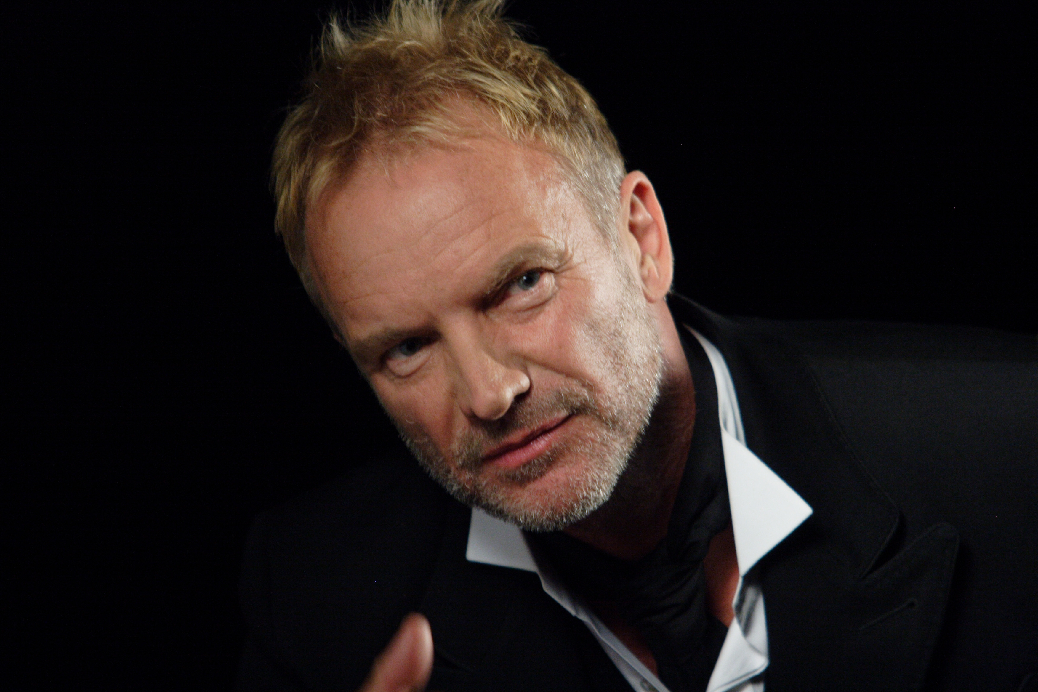 sting Sting, born gordon sumner, is an english singer, songwriter and philanthropist best known as the frontman of the police.