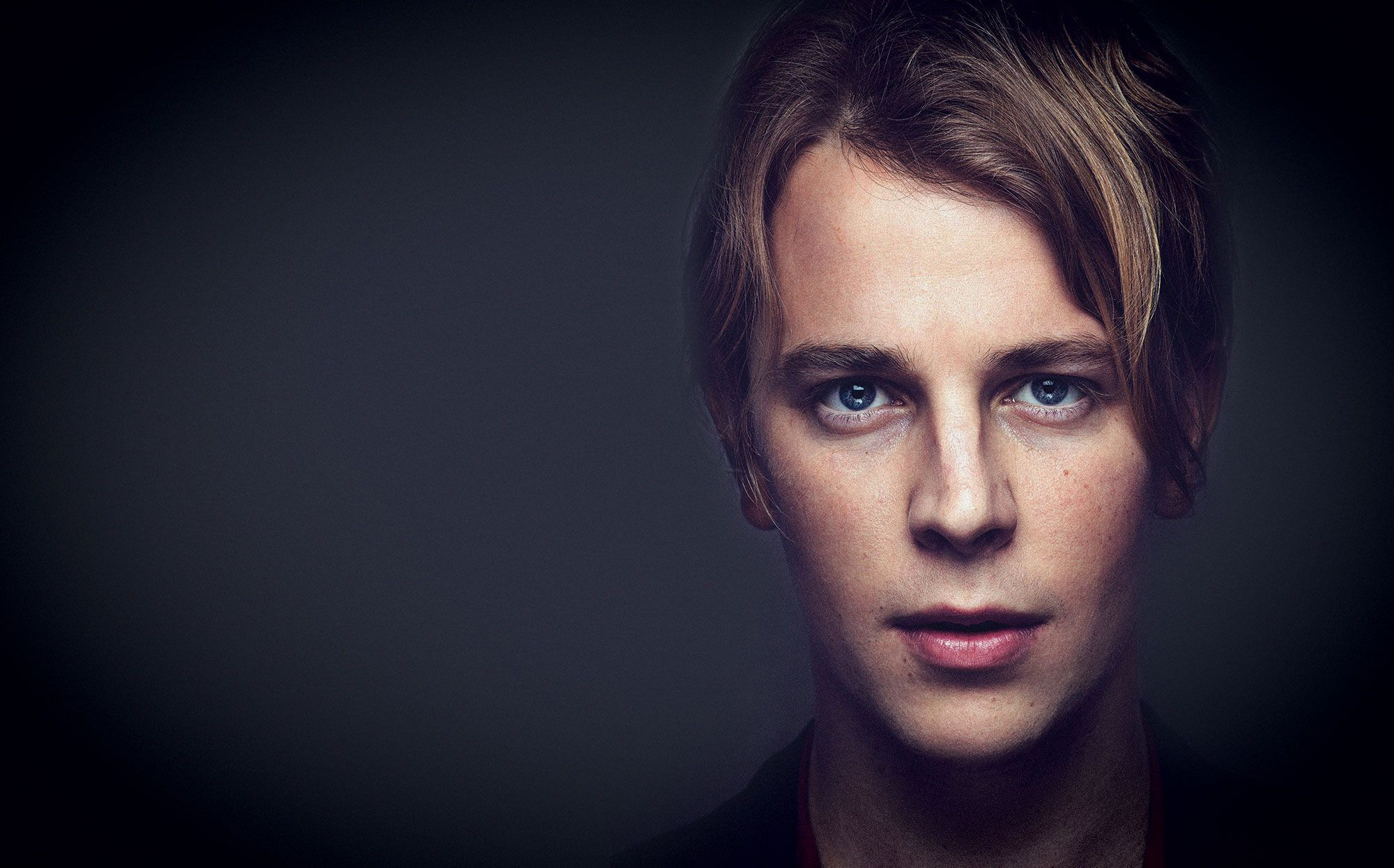 Tom Odell Hd Background