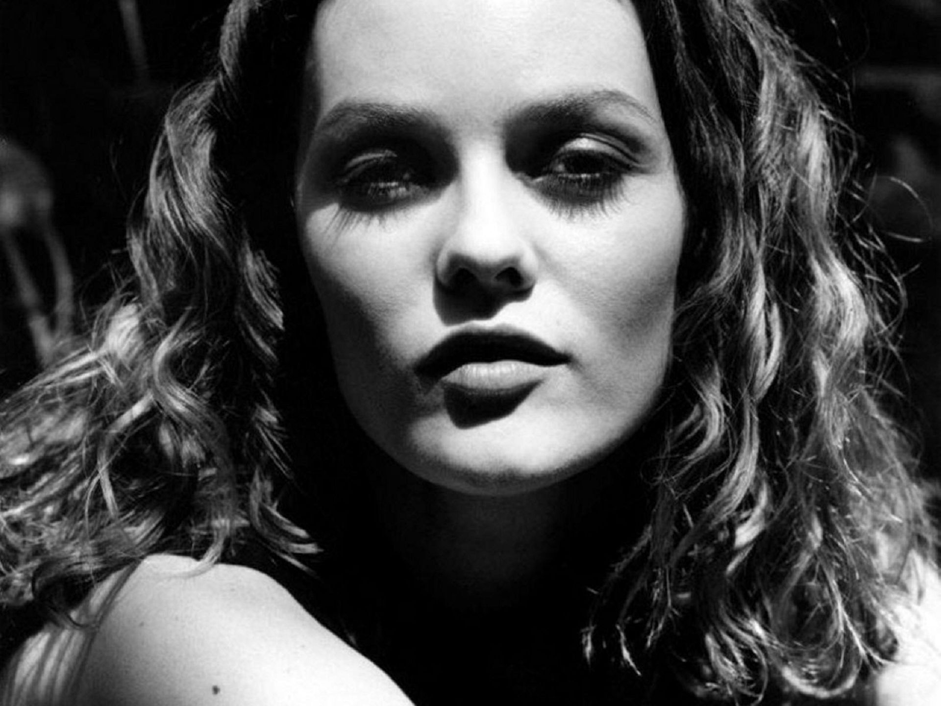 Vanessa Paradis Wallpapers Images Photos Pictures Backgrounds Vanessa Paradis