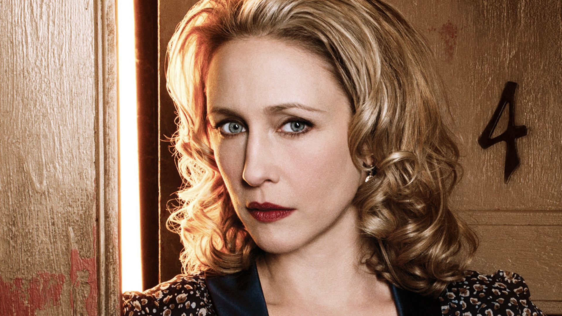 Vera Farmiga Wallpapers Images Photos Pictures Backgrounds Vera Farmiga
