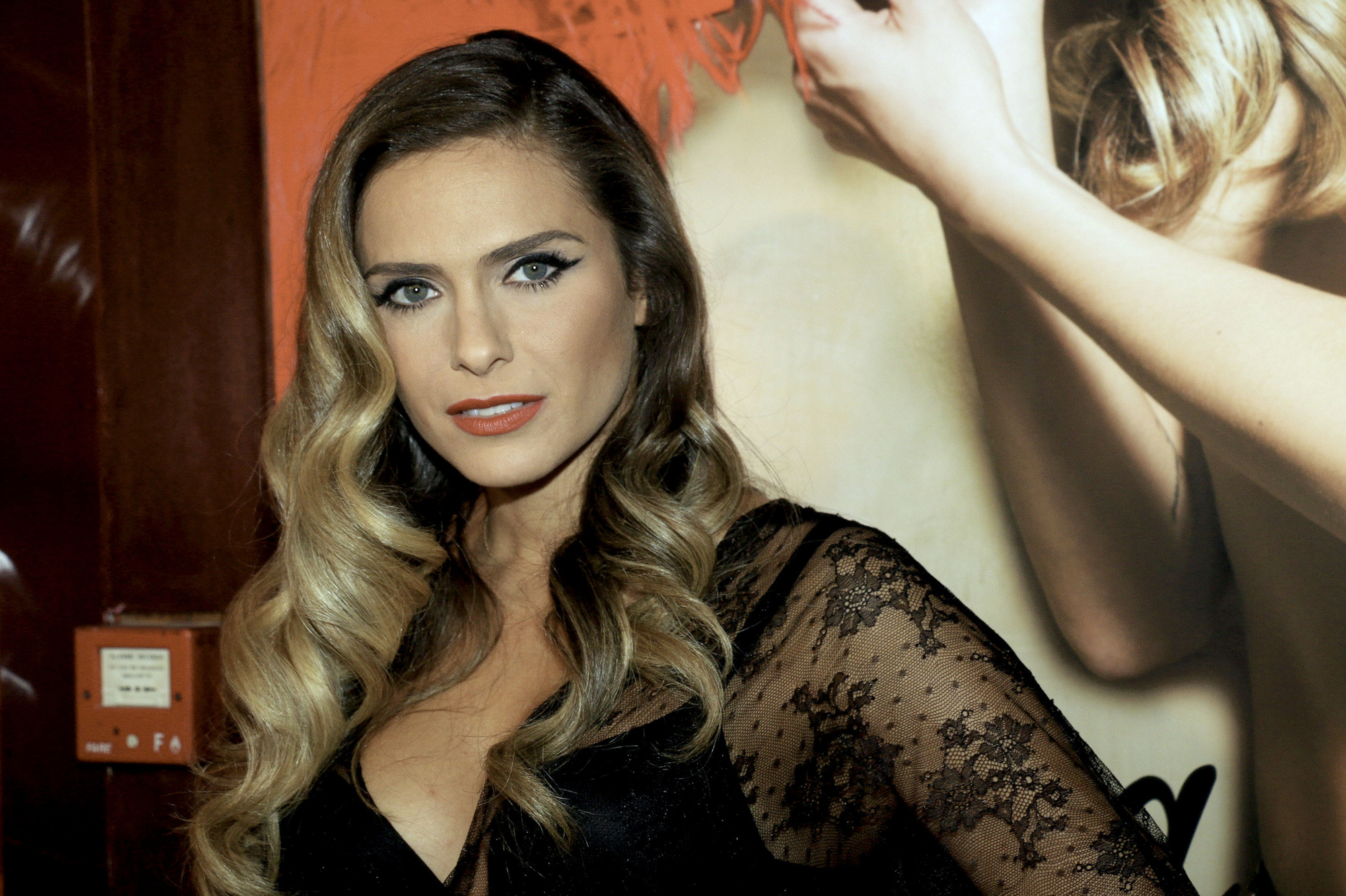 clara morgane 2000 wallpaper - photo #16