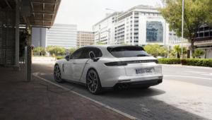 Porsche Panamera Sport Turismo Background