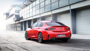 Opel Insignia GSi Pictures