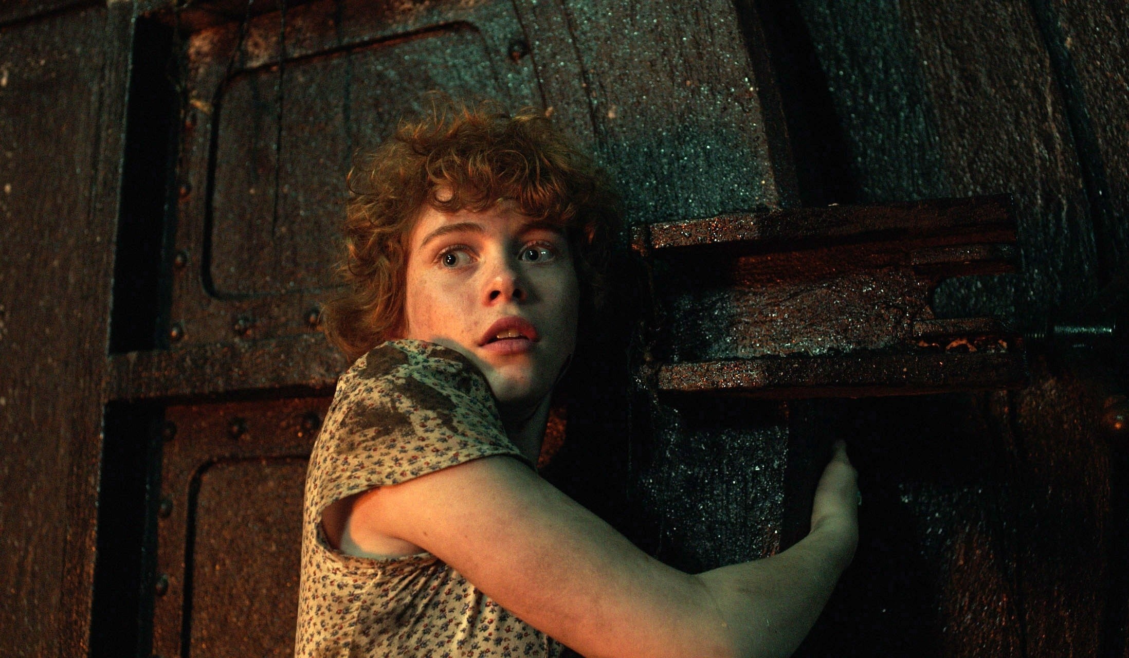 Sophia Lillis Wallpaper