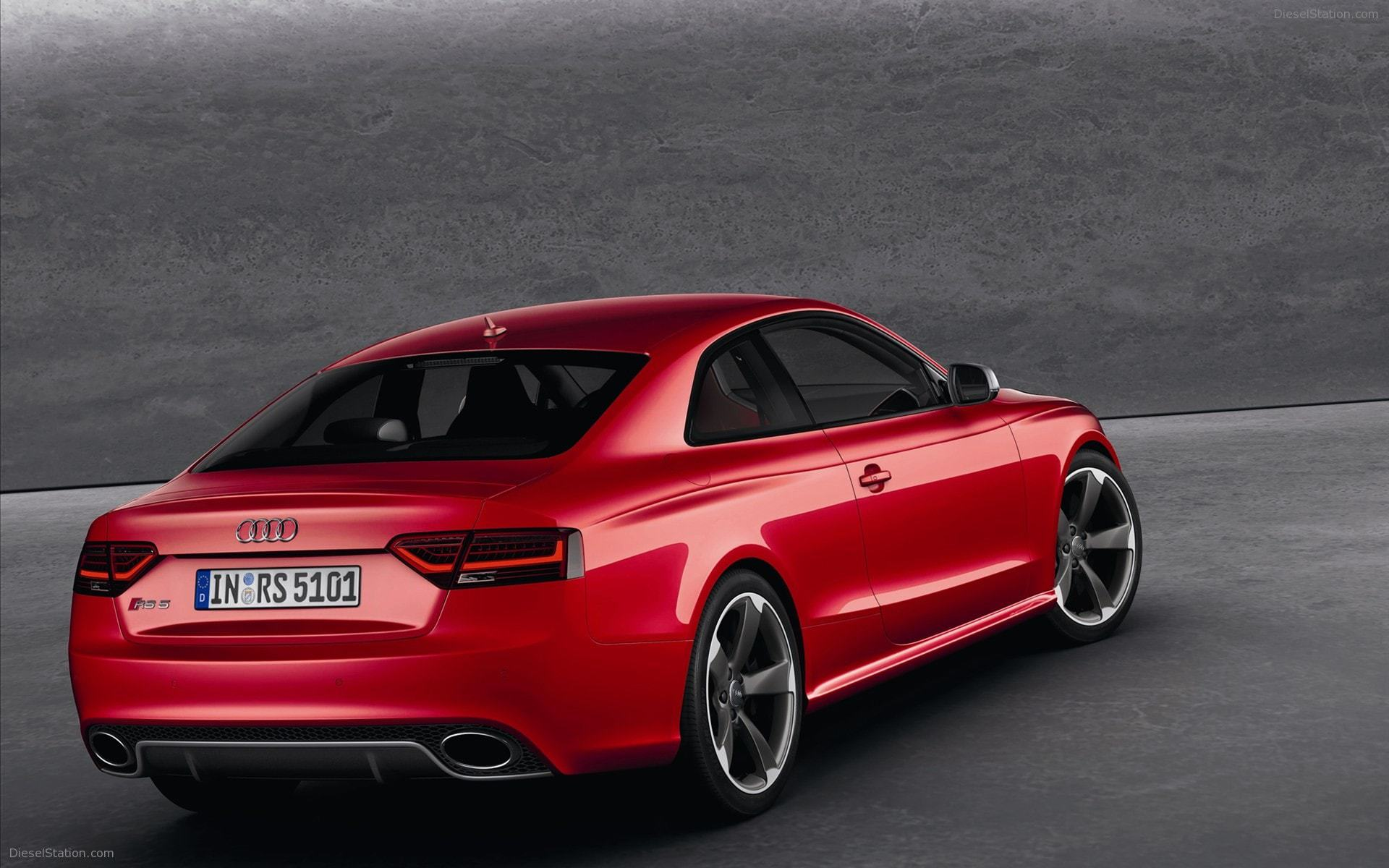 Audi RS5 Widescreen
