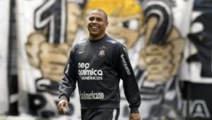 Ronaldo Luis Nazario Da Lima Widescreen
