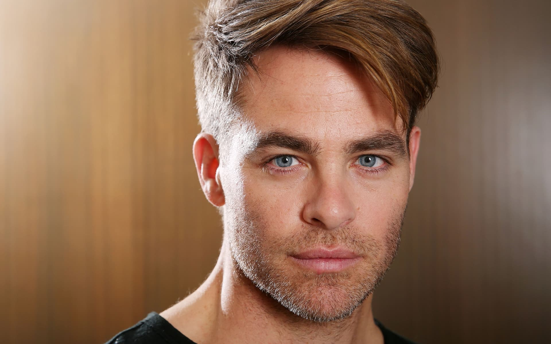 Chris Pine Computer Wallpaper