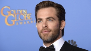 Chris Pine Desktop