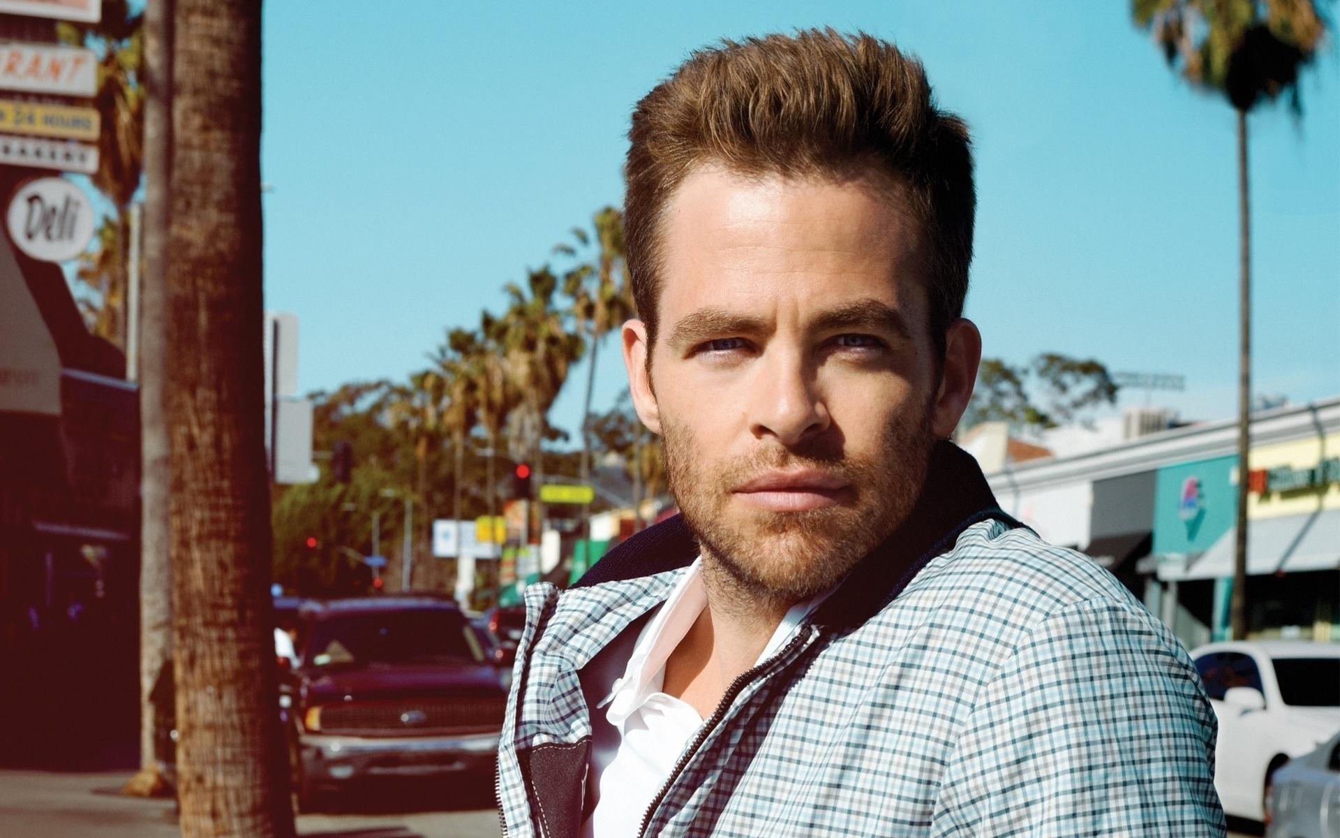 Chris Pine High Definition