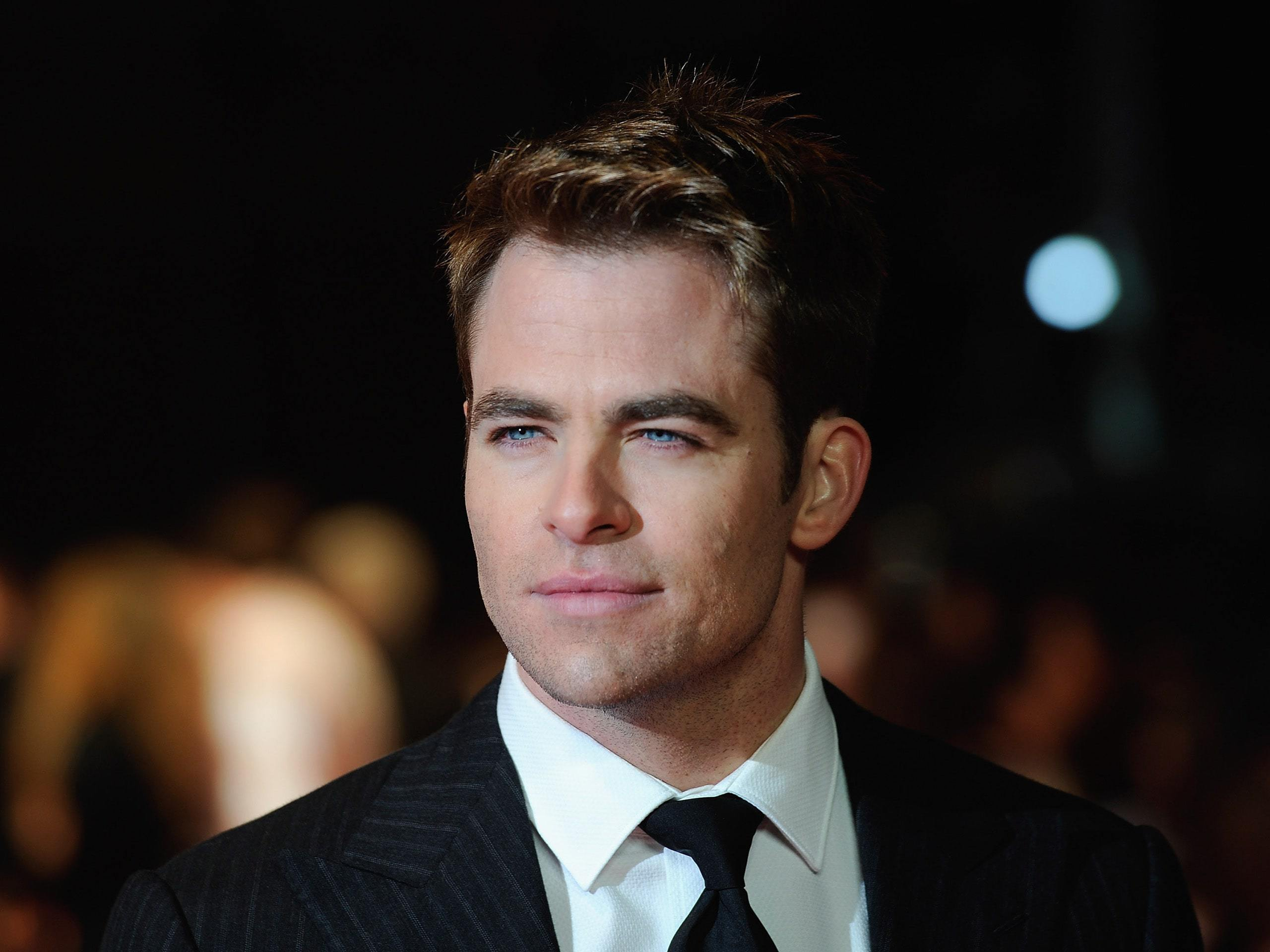 Pictures Of Chris Pine